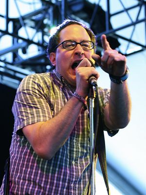 Holdsteady2