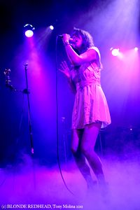 5) Blonde Redhead (c) Tony Molina Photo 2011