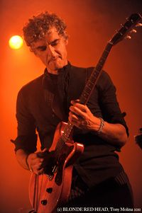 14) BLONDE REDHEAD (c) Tony Molina Photo 2011 copy
