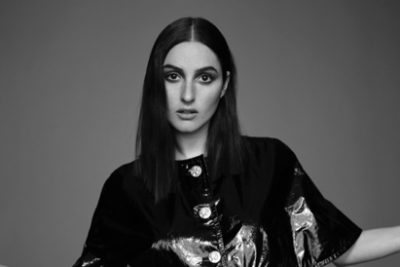 Banks-Amoeba-Music-Hollywood-Los-Angeles-2016-The-Altar-Meet-and-Greet-Album-Signing