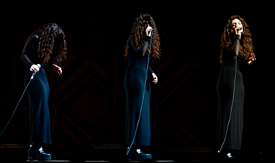 Lorde At Greek Theatre Royals