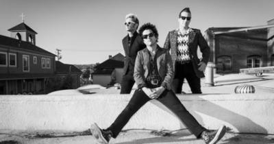 Green Day Rose Bowl Pasadena Los Angeles 2017 Catfish and the Bottlemen