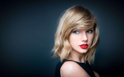 Taylor Swift 2018 Los Angeles The Rose Bowl Pasadena Charli XCX Camila Cabello Reputation